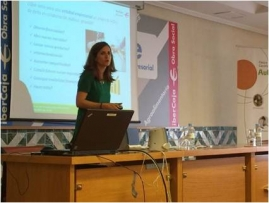 Sara Remón during her presentation