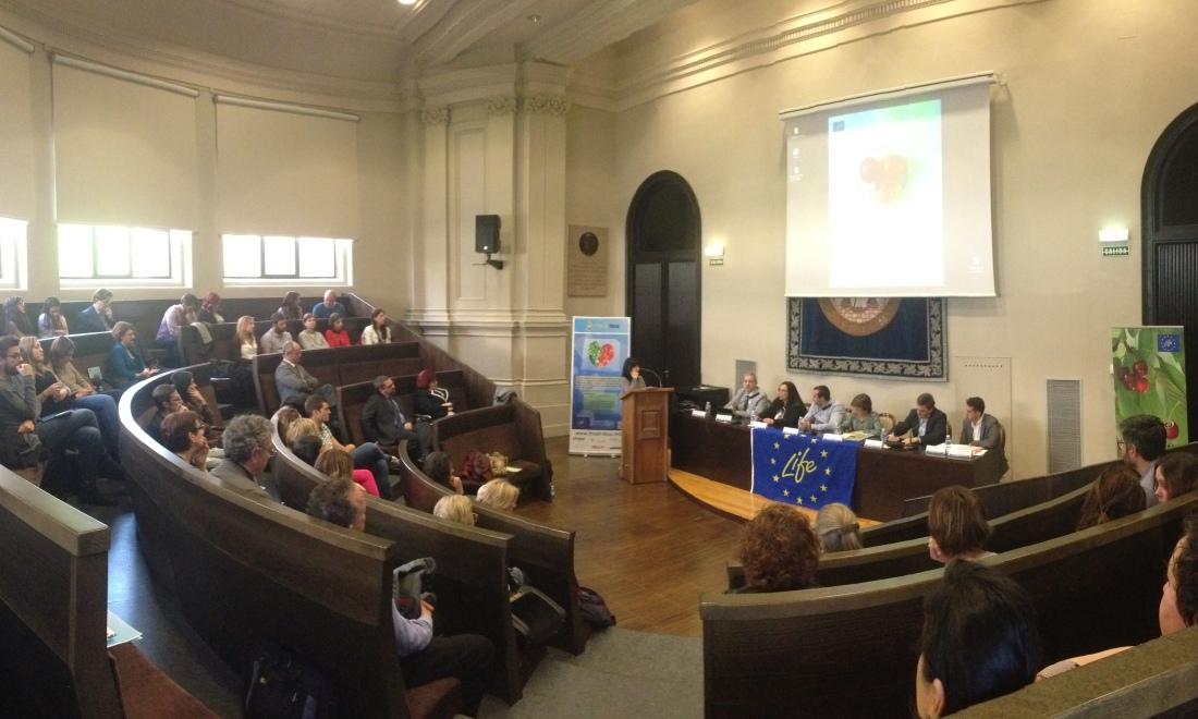 Concurrida Conferencia Final en Zaragoza
